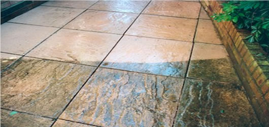 Pressure wash patio block paving clear gutter southend for Cleaning concrete patio slabs