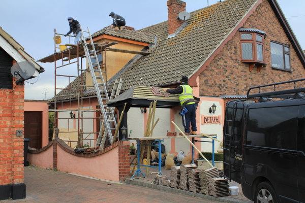 Roofer Essex