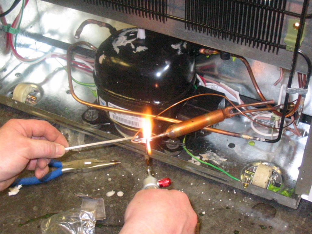 reparatii instalatii frigorifice Bucuresti